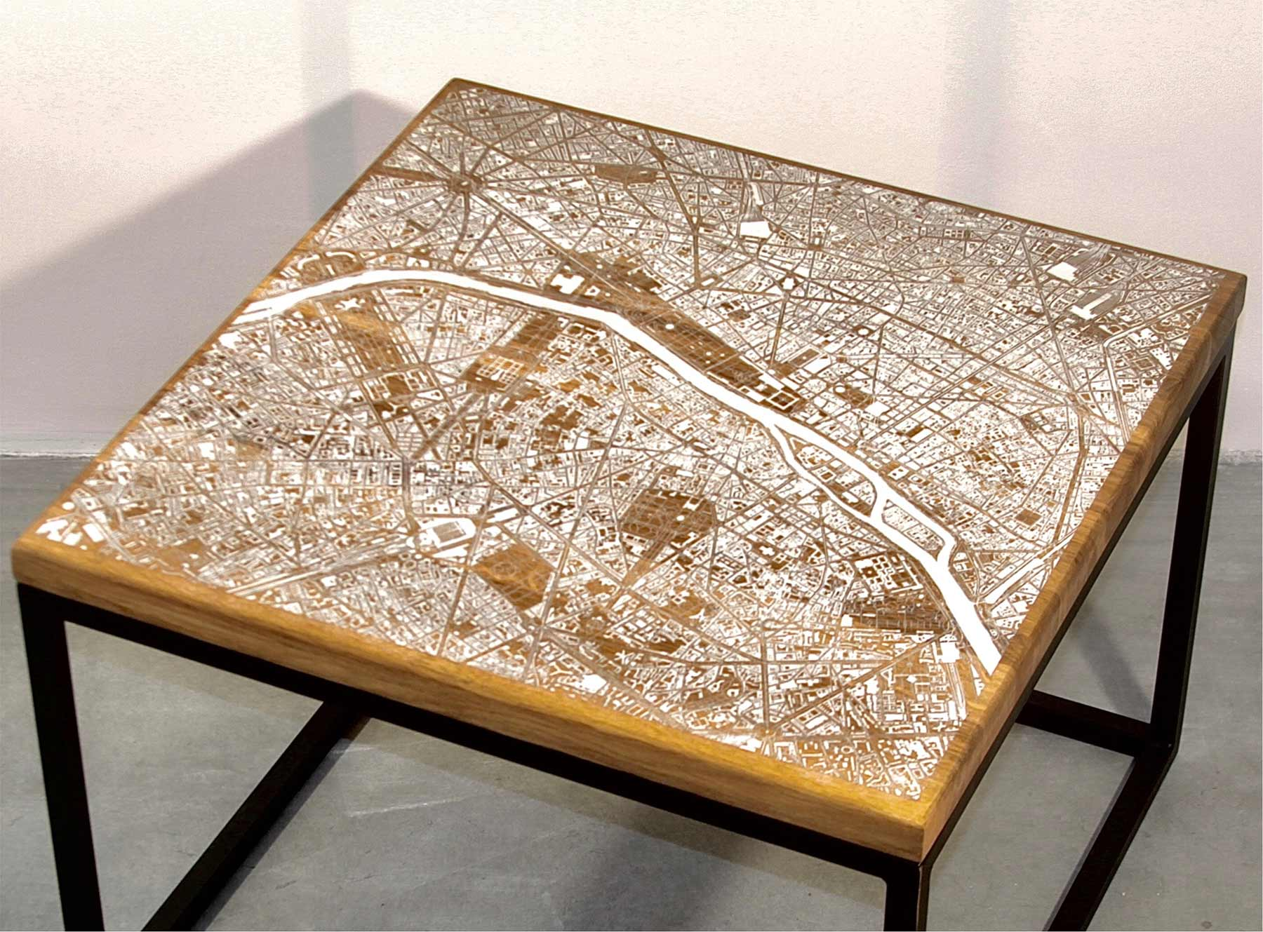 Tische mit eingravierten Stadtkarten Tische-mit-gravierten-stadtkarten_06