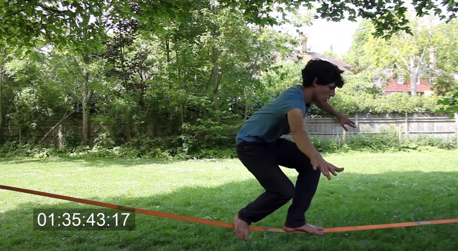 Owen Daughtery lernt Slackline learn-to-slackline
