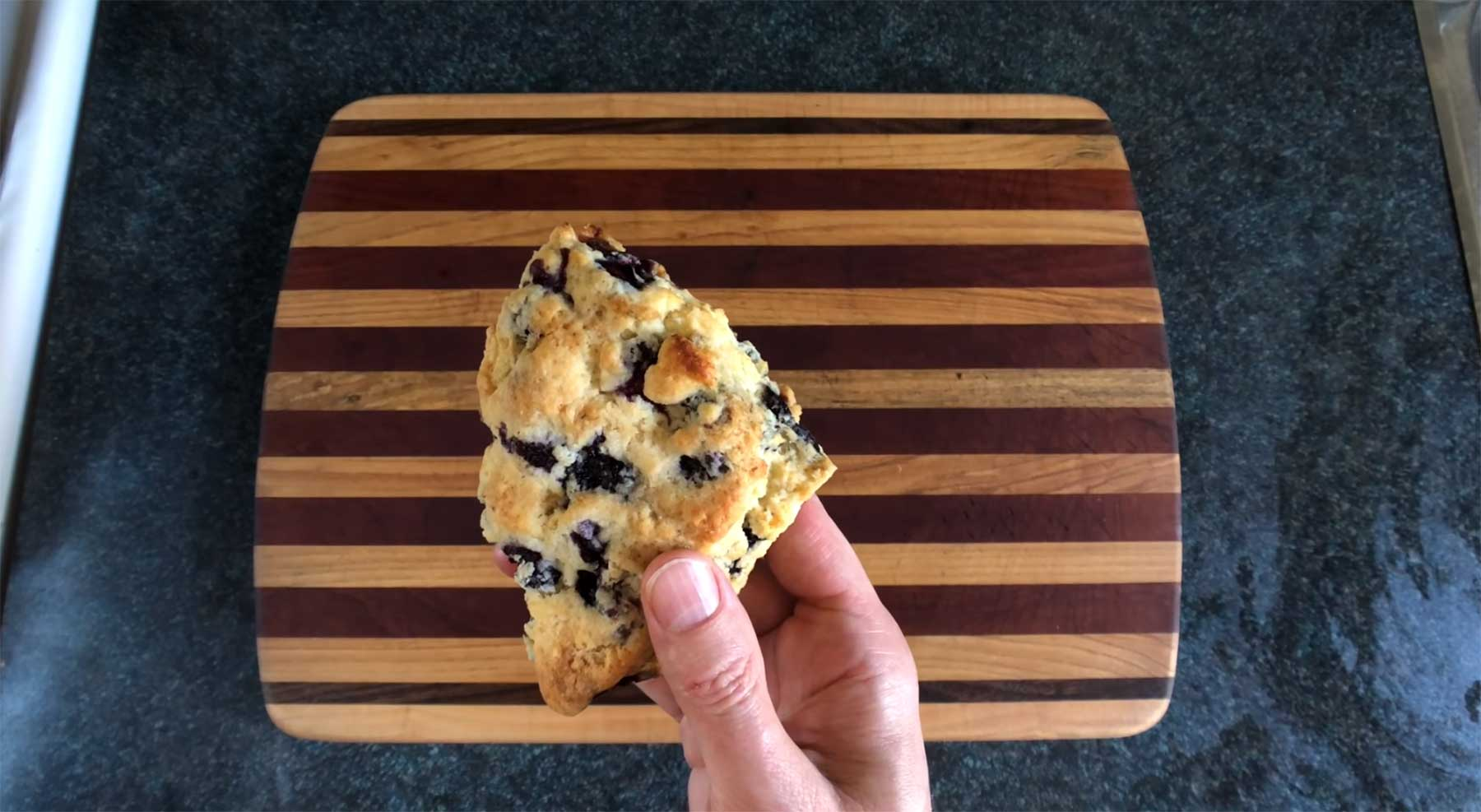You Suck at Cooking: Lemon Blueberry Scones
