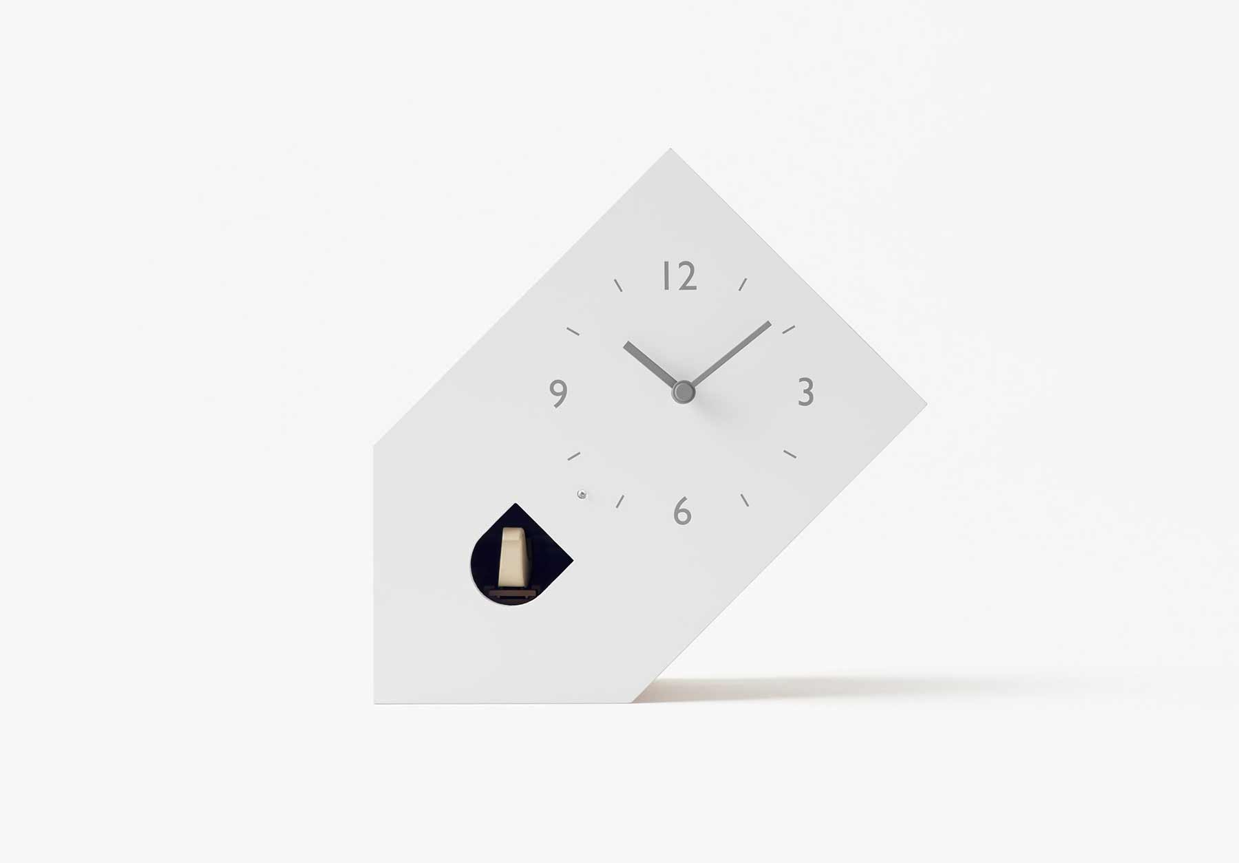 Modern-minimalistische Kuckucksuhren von Nendo nendo-minimalistische-kuckucksuhren_02