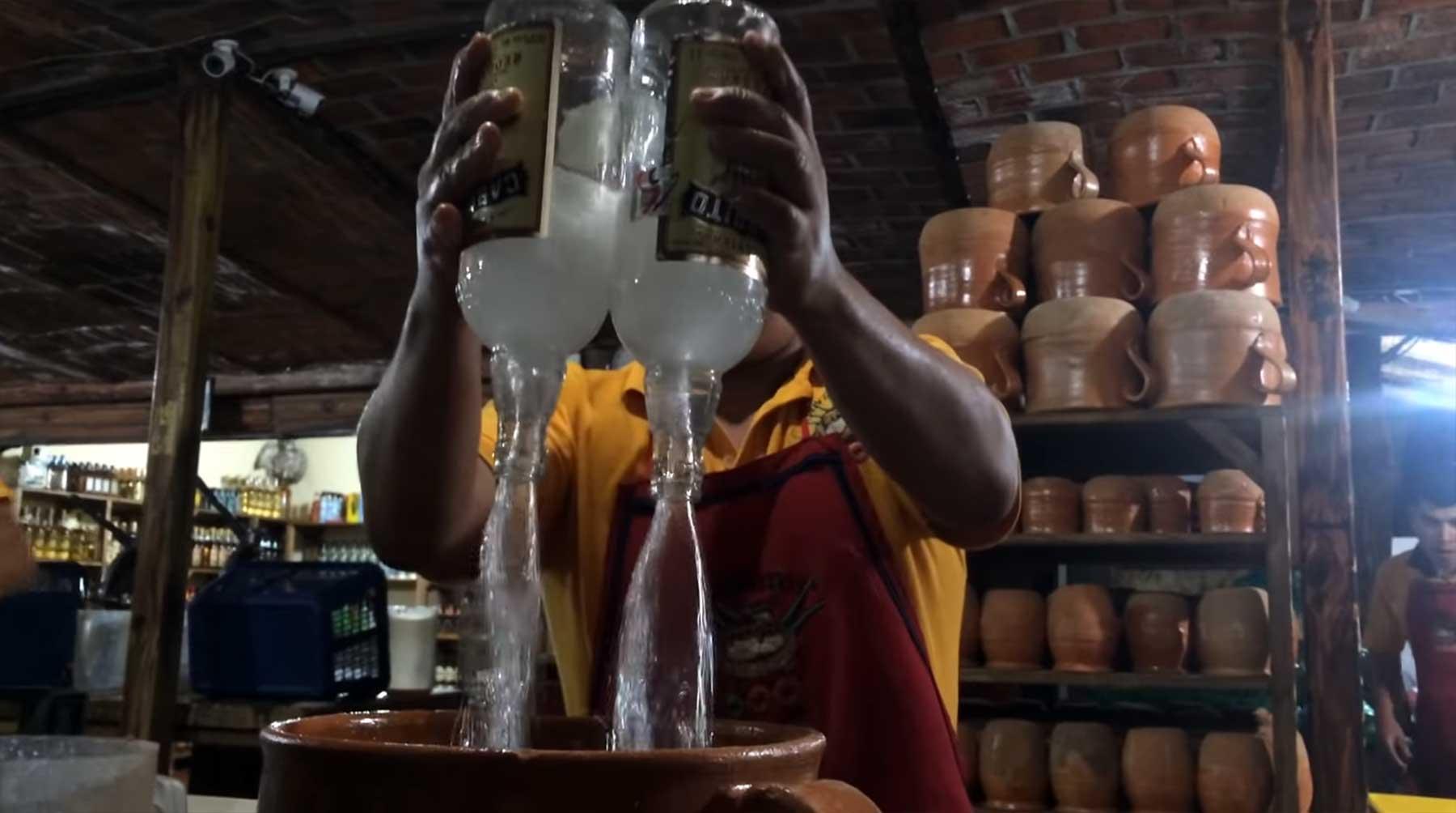 Der gigantische 100 Dollar-Tequila-Cocktail-Kübel 100-dollar-tequila-cocktail