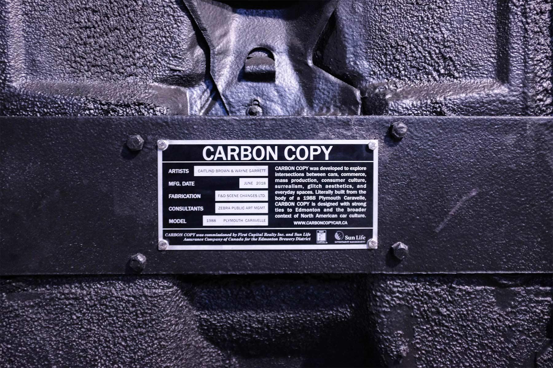 Auf der Nase stehendes Glitch-Auto Carbon-copy-glitch-auto_05