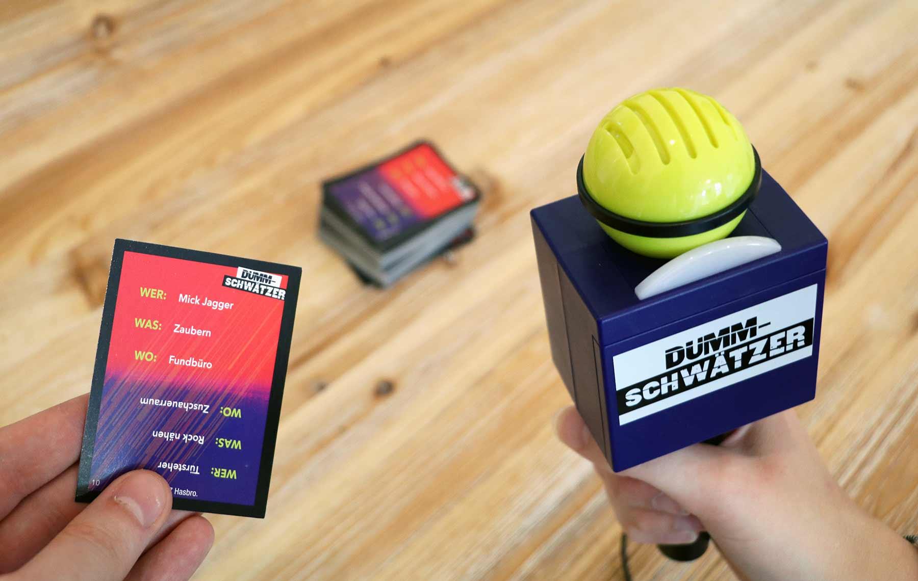 """""""Dummschwätzer"""" zerstört spielerisch dein Sprachzentrum Hasbro-Dummschwaetzer-Spiel-Test_01"""