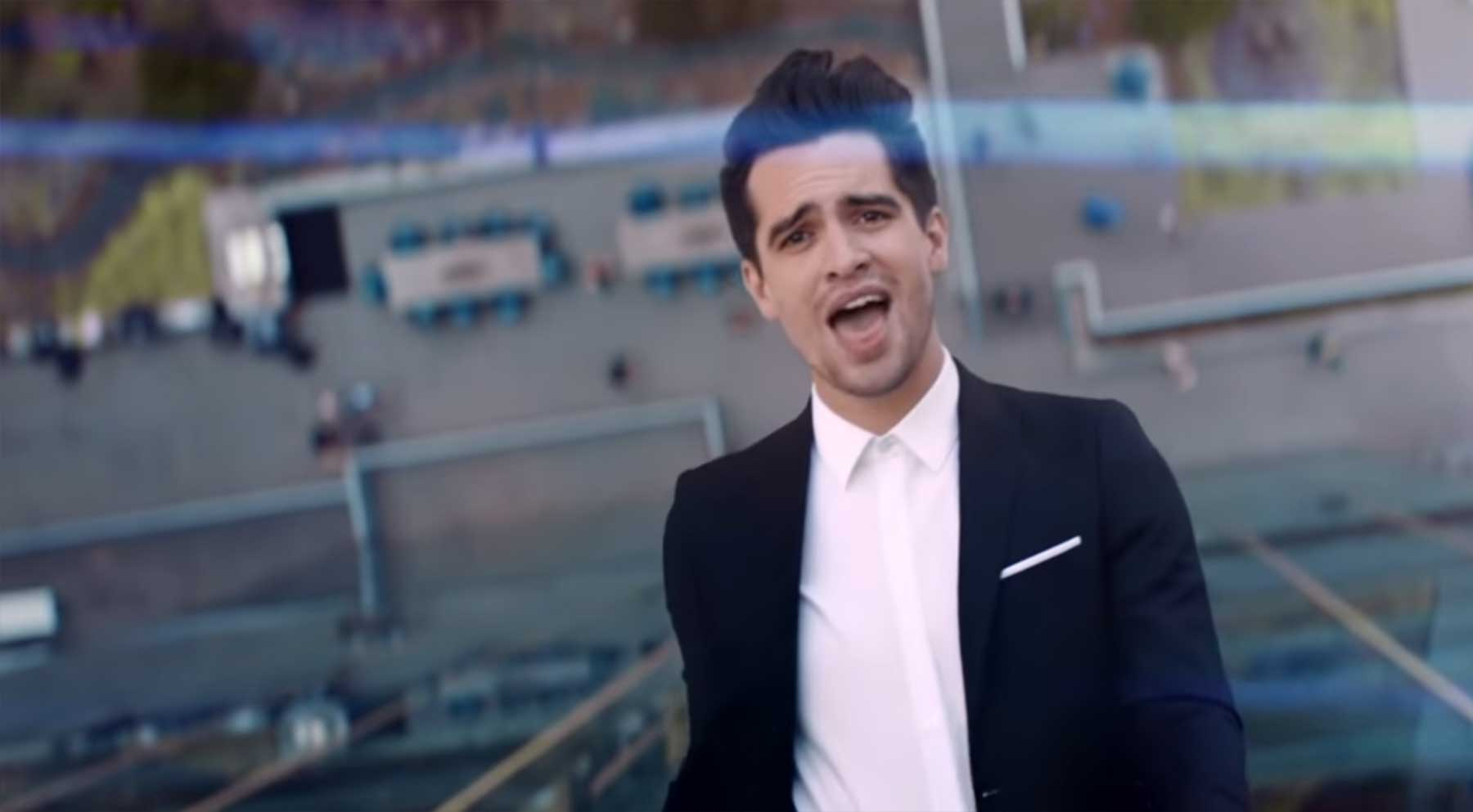 Panic! At The Disco – High Hopes