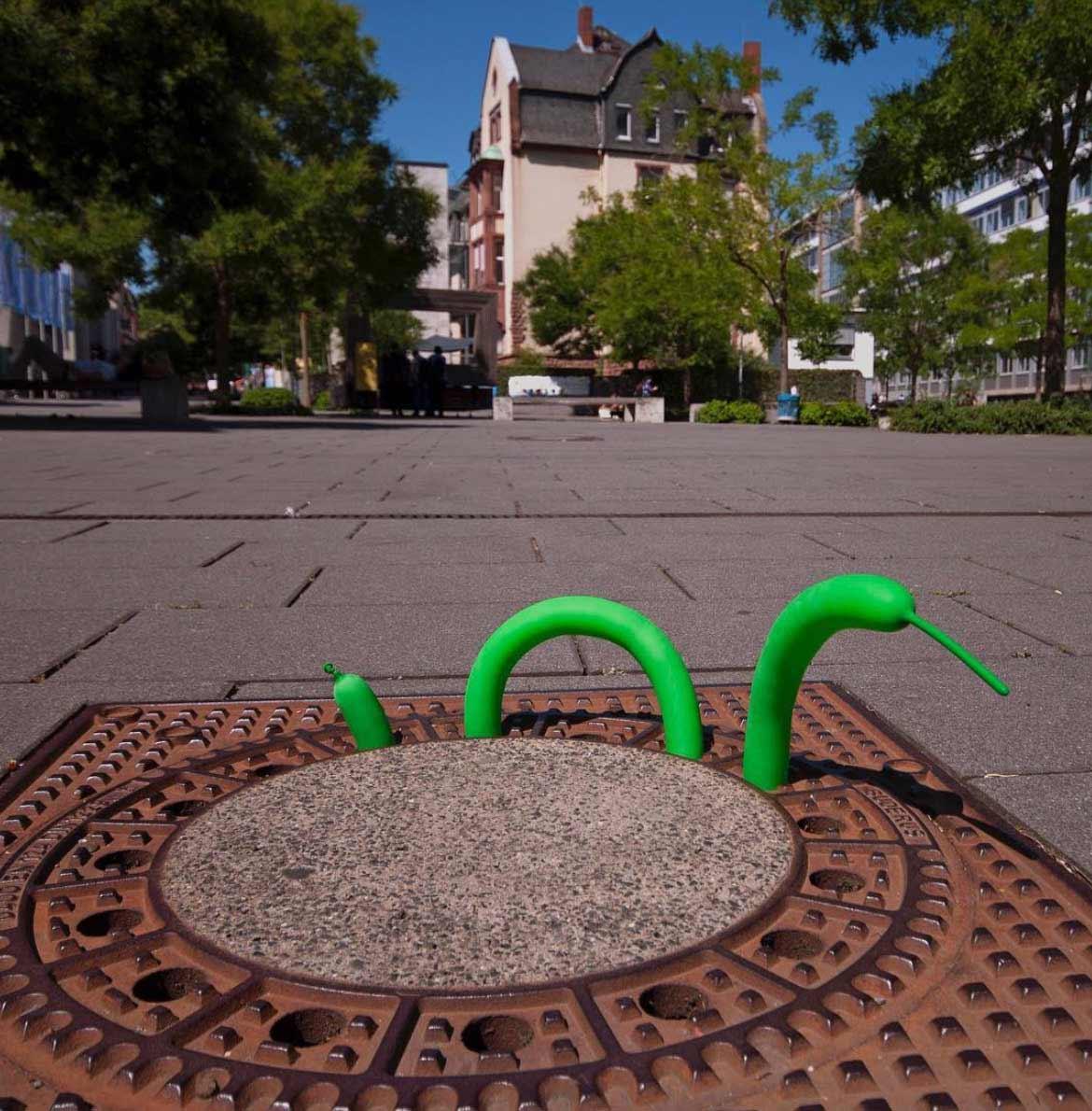 Spaß mit Gullideckeln Philipp-Alexander-Schaefer-Gulli-Art_06
