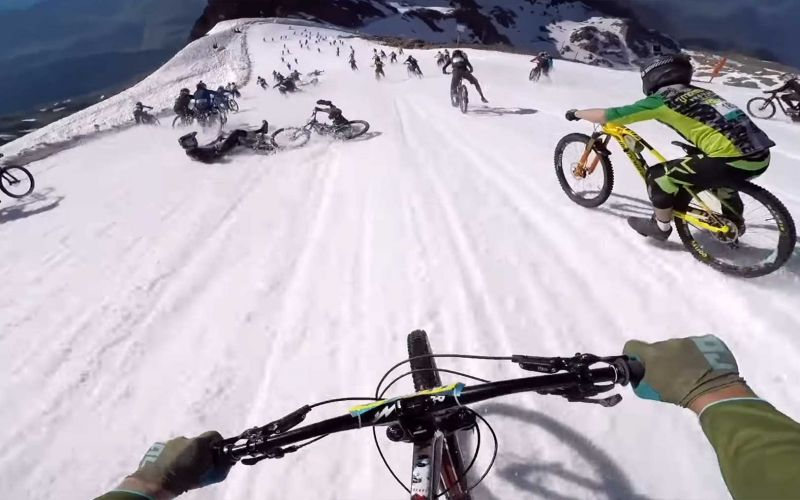 POV: Krasse Mountainbike-Abfahrt vom Gipfel bis ins Tal