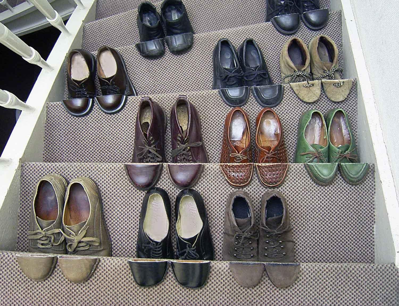 Schuhe mit kunstvollem Schnitt Sakir-Gokcebag-shoes_08