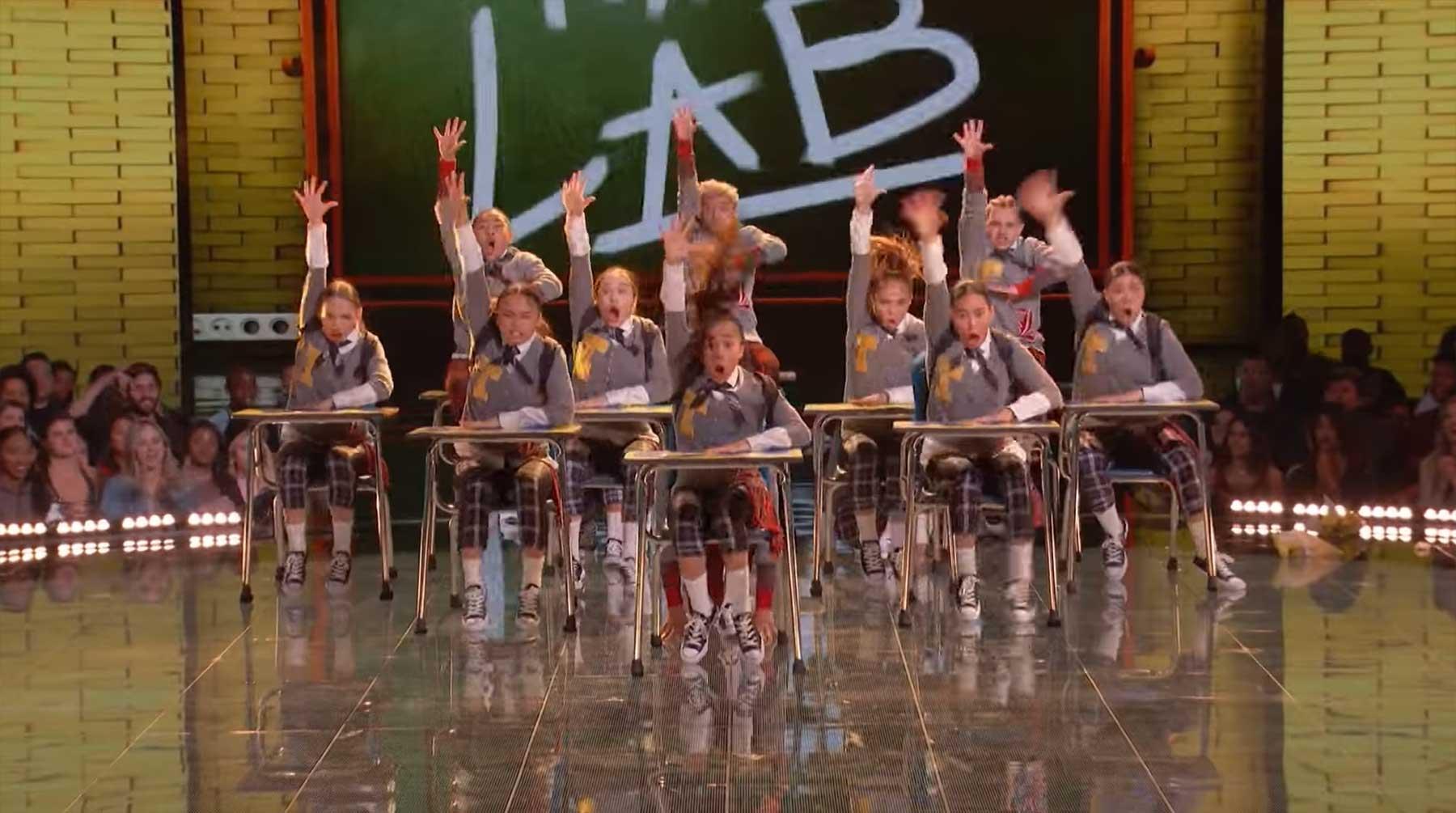 Schon wieder eine geniale Tanzeinlage von The Lab The-Lab-NERD-Lemons
