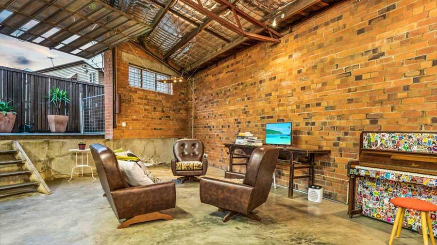 Diese alte Lagerhalle wurde für 1,2 Mio. Dollar verkauft the-coolest-house-in-brisbane_04