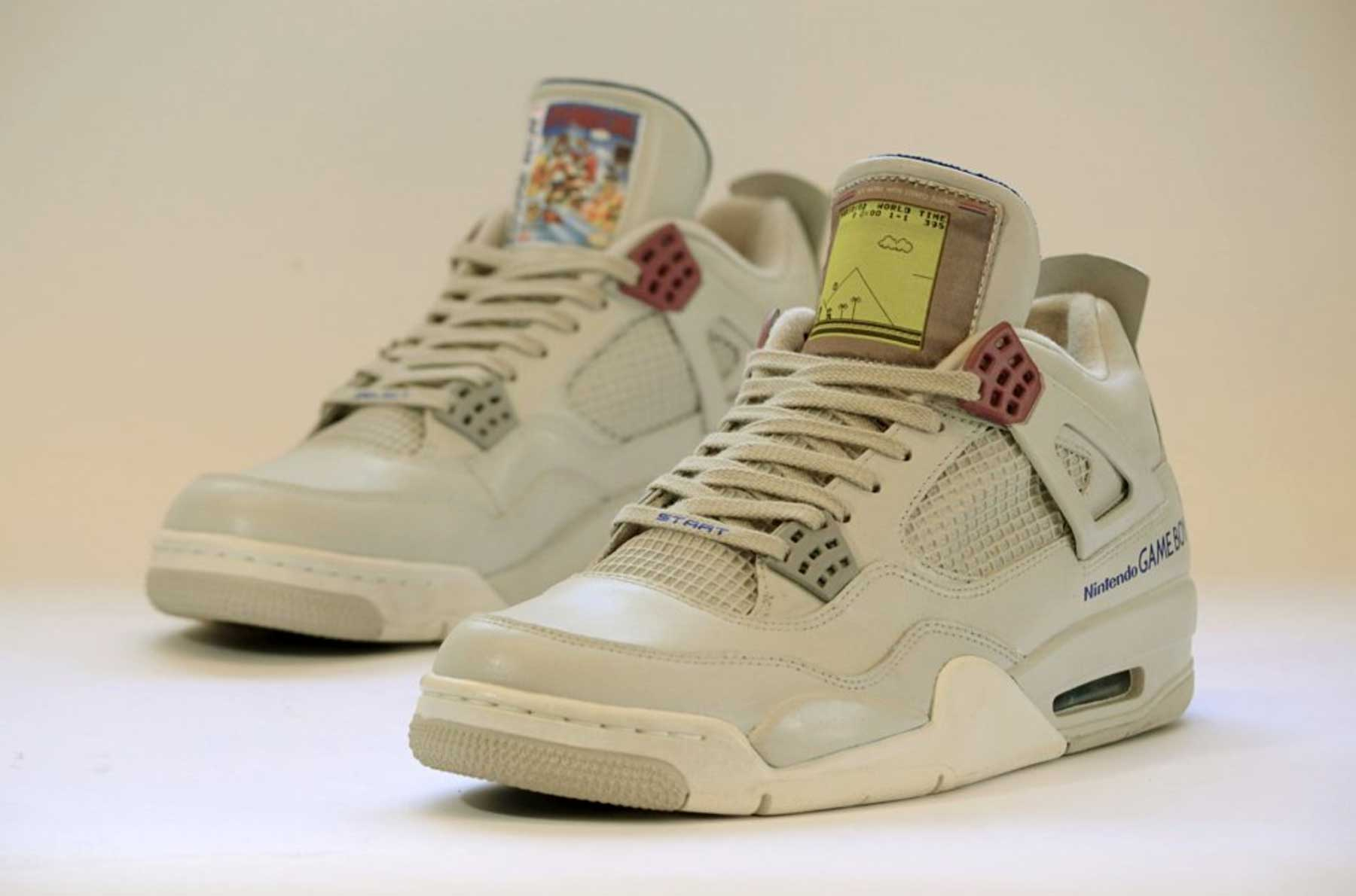 GAME BOY Sneakers GAME-BOY-Sneakers-Air-Jordan-IV-Super-Mario_02