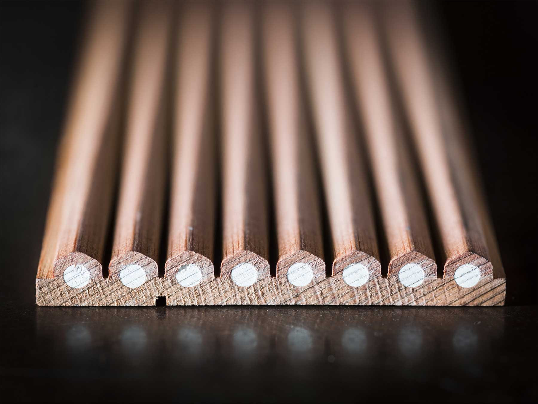 Zu Besuch in einer Bleistiftfabrik Christopher-Payne-general-pencil-company_05