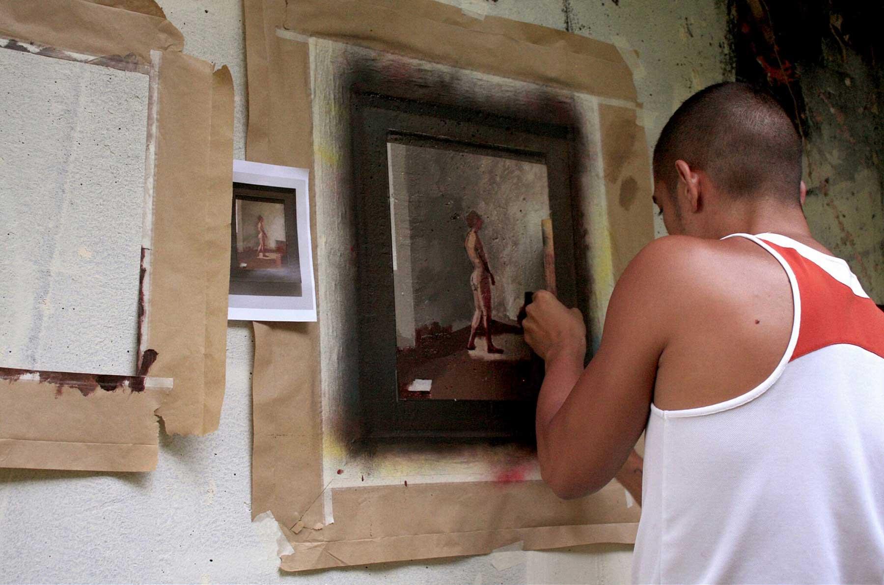 Realistische Abbilder klassischer Gemälde an öffentliche Wände gemalt Julio-Anaya-Cabanding_06