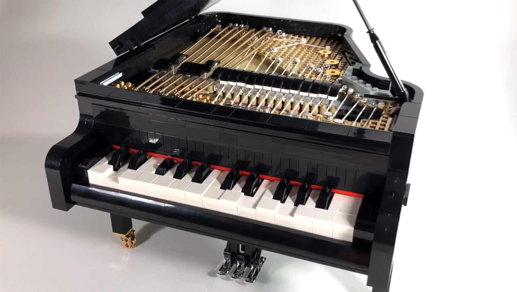 Ein Klavier aus LEGO, das man spielen kann Playable-Lego-Piano