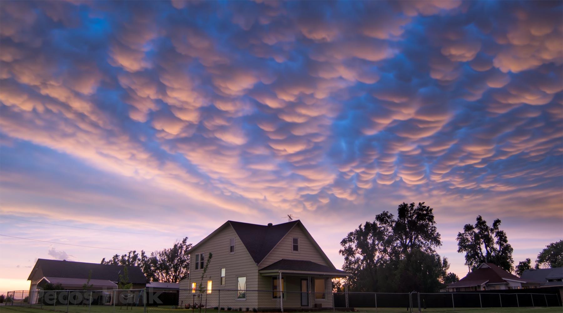 Einige wunderschöne Sturm-Zeitraffer-Aufnahmen