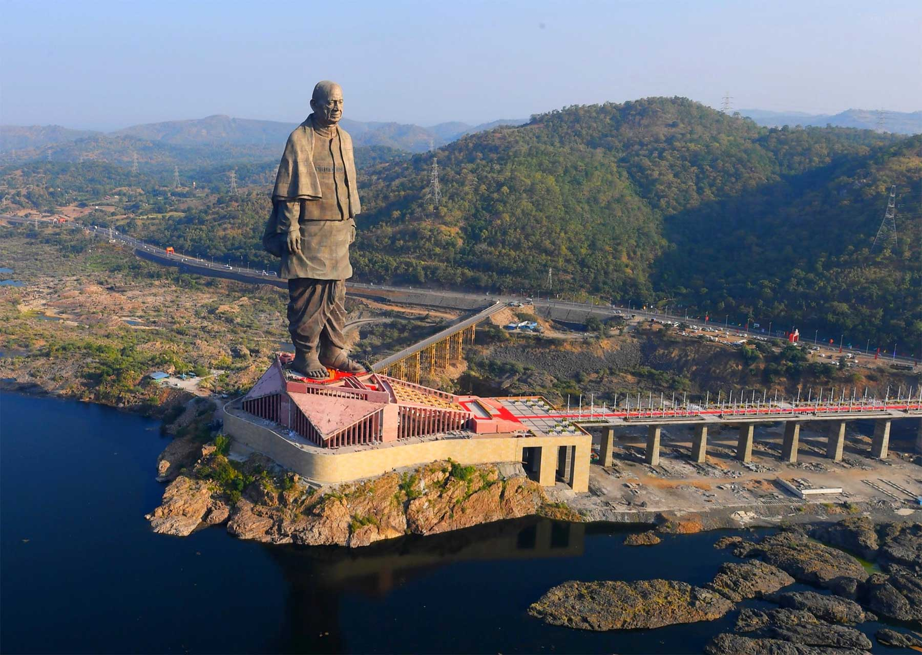 In Indien steht jetzt die größte Statue der Welt