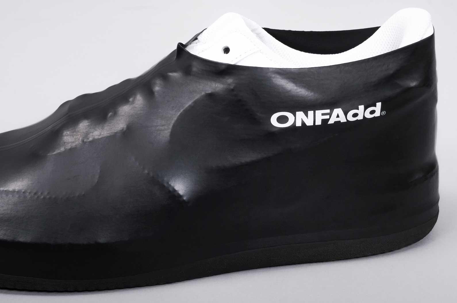 Regensocken zum Schutz eurer Sneaker sneakersocken-onfadd_07