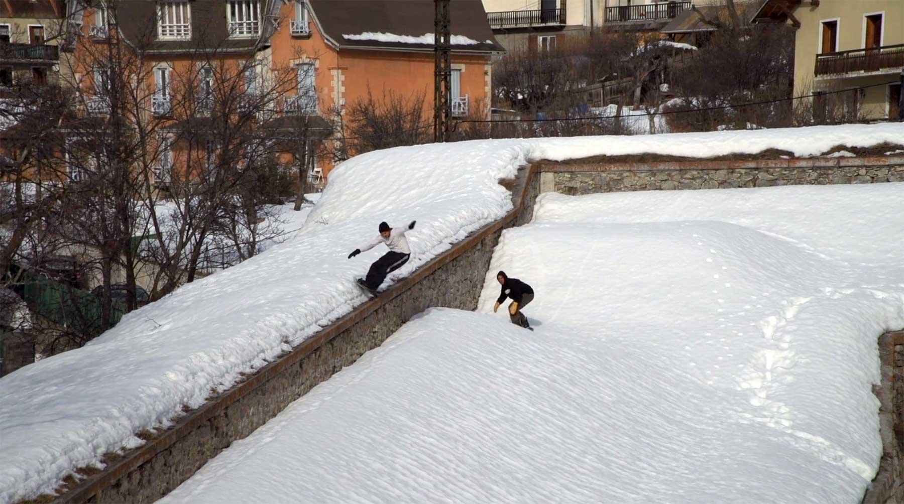 "34 Minuten Snowboarding: ""Brown"""