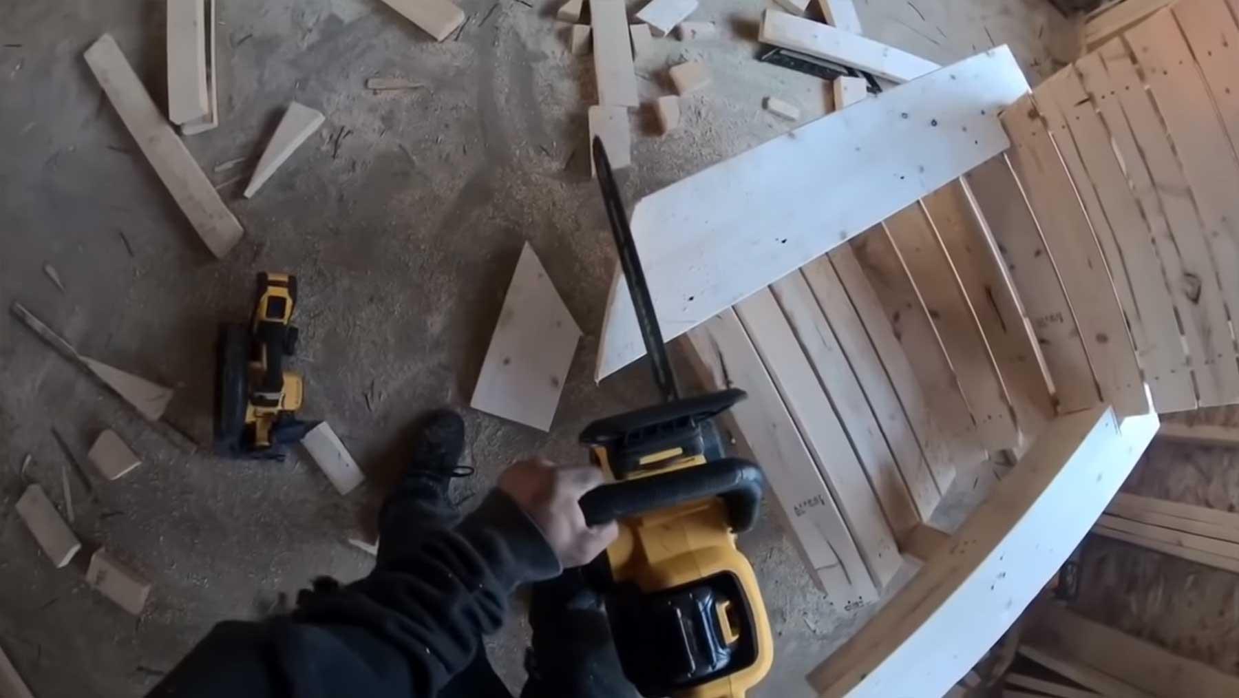 In 15 Minuten einen Holzstuhl bauen