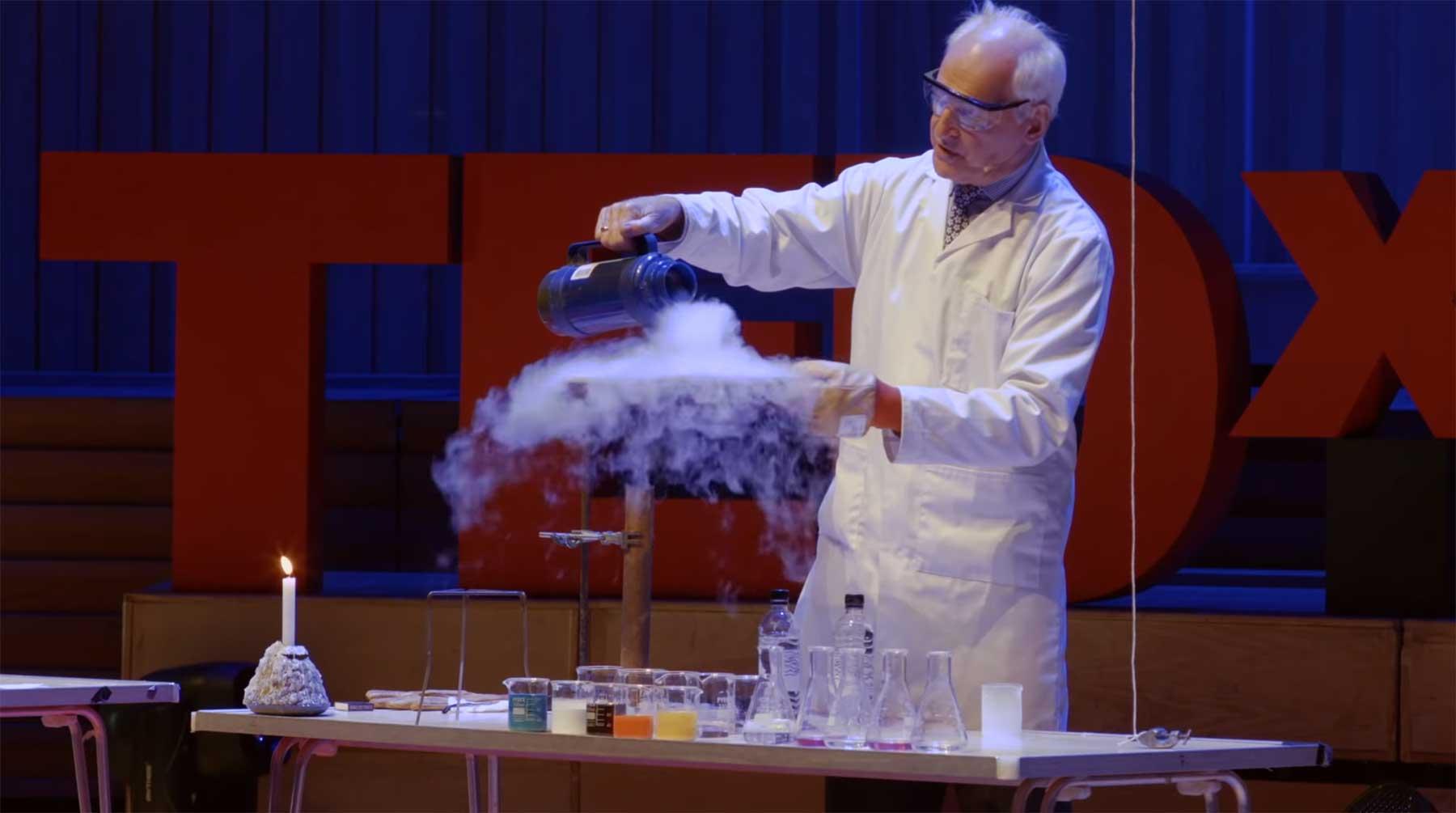 25 Chemie-Experimente in 15 Minuten