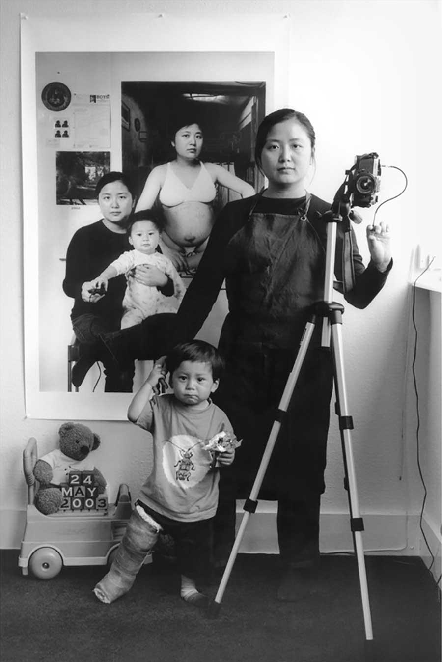 Mutter fügt 17 Jahre Bildebenen hinzu, die Sohn aufwachsen zeigen mutter-17-jahre-foto-in-foto_04