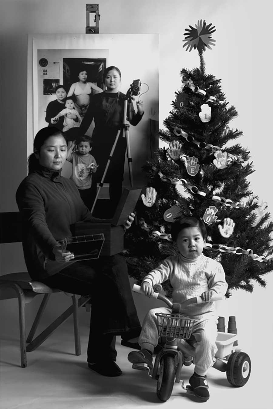 Mutter fügt 17 Jahre Bildebenen hinzu, die Sohn aufwachsen zeigen mutter-17-jahre-foto-in-foto_05