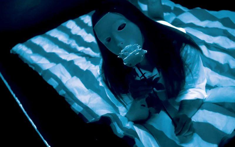 Musikvideo-Premiere: BETAMENSCH – Neonlicht