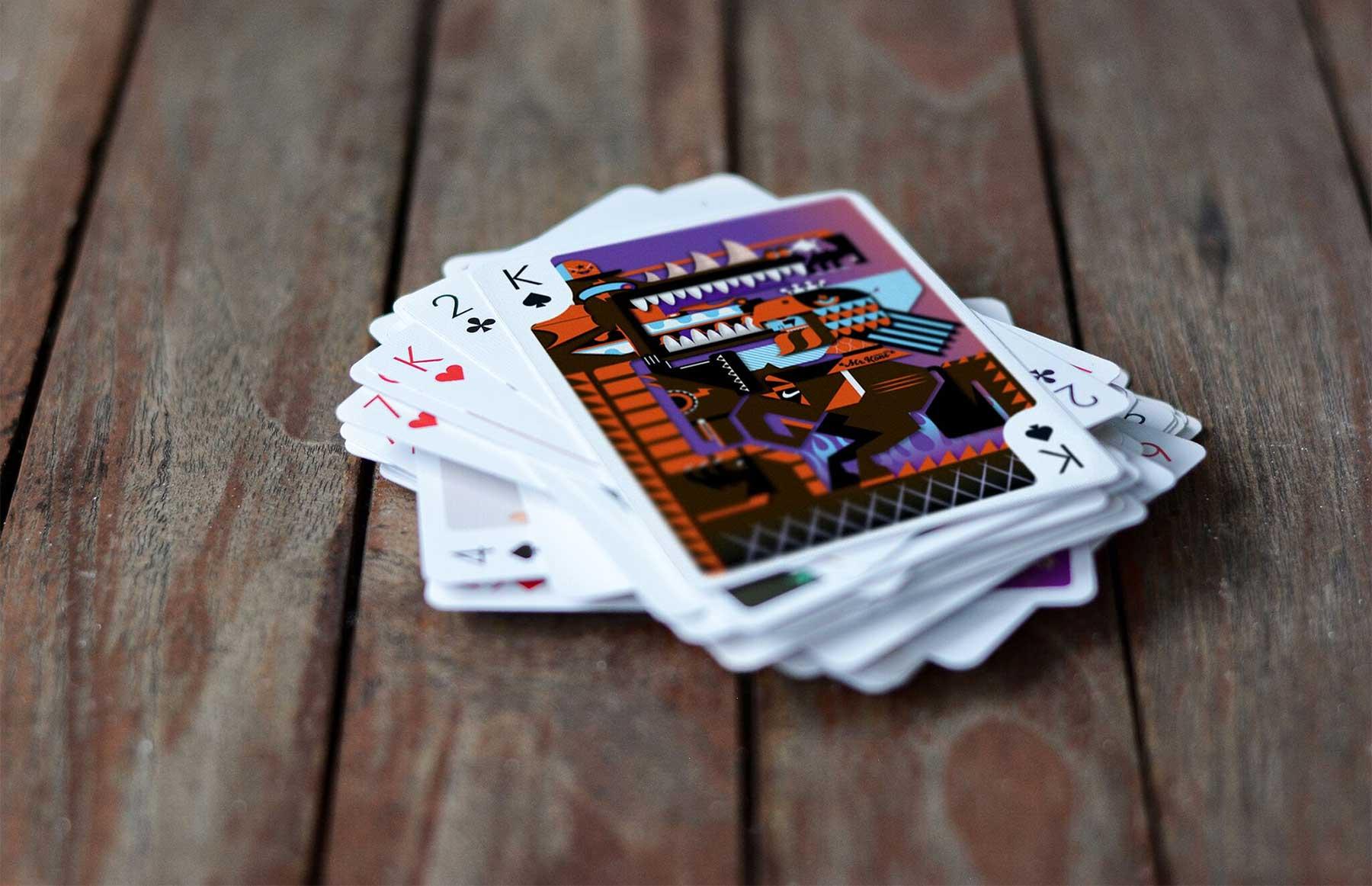 Playing Arts ZERO: 55 Künstler haben je ein bewegtes Kartenmotiv gestaltet
