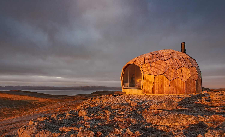 Norwegisches Holz-Iglu DAGSTURHYTTER_02