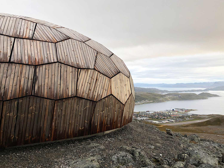 Norwegisches Holz-Iglu DAGSTURHYTTER_06