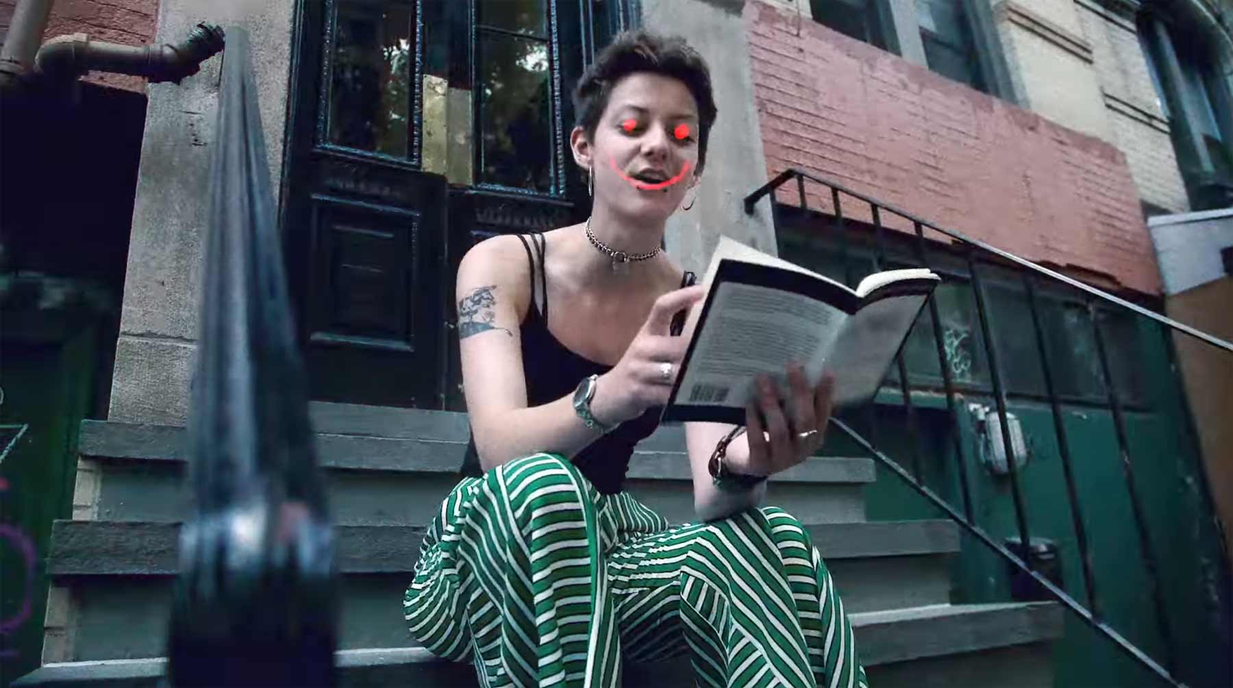 Jealous of the Birds - New York Has A Lump In Her Throat Jealous-of-the-Birds_New-York-Has-A-Lump-In-Her-Throat-musikvideo