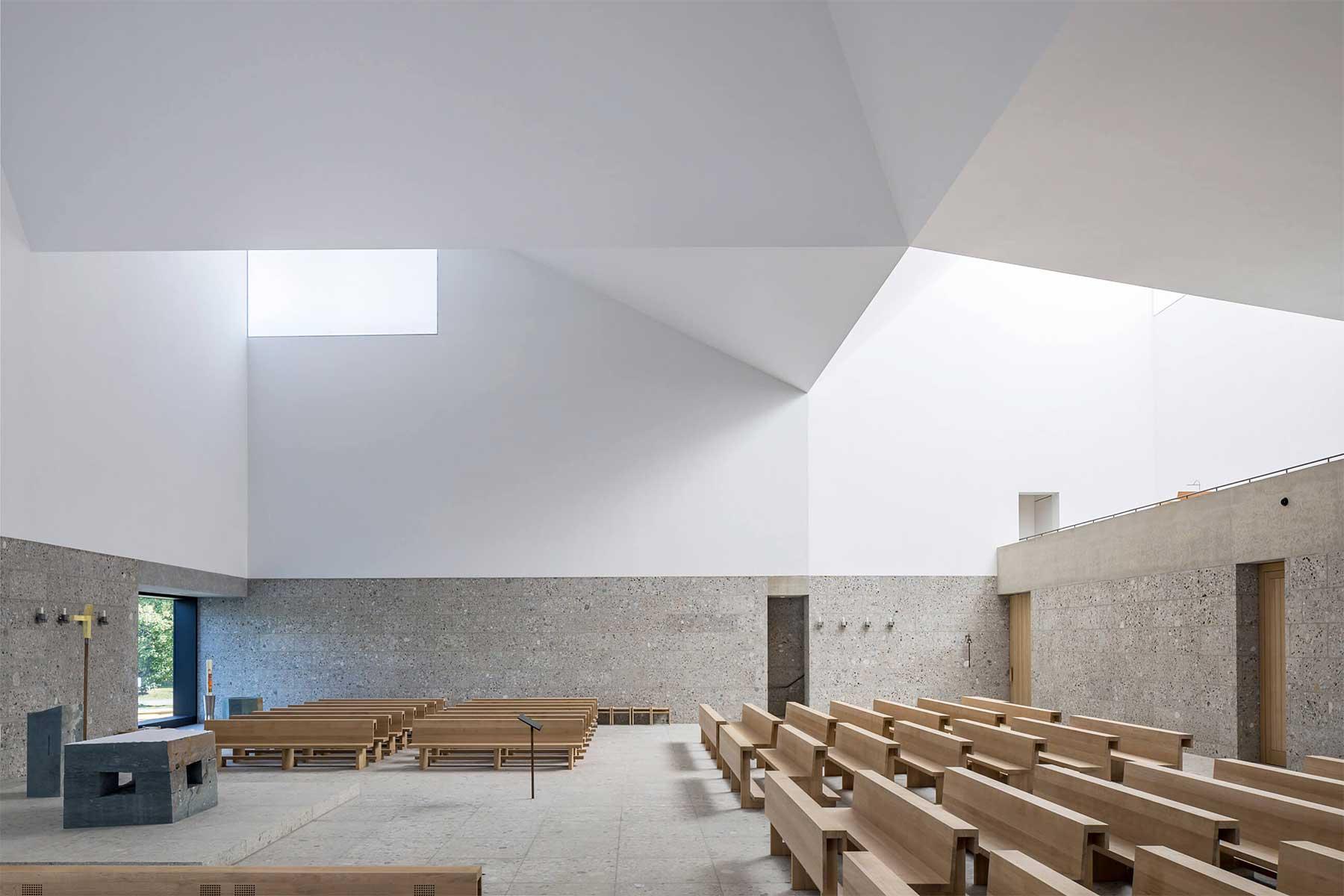 Kirchenzentrum Seliger Pater Rupert Mayer Kirchenzentrum-Seliger-Pater-Rupert-Mayer_05