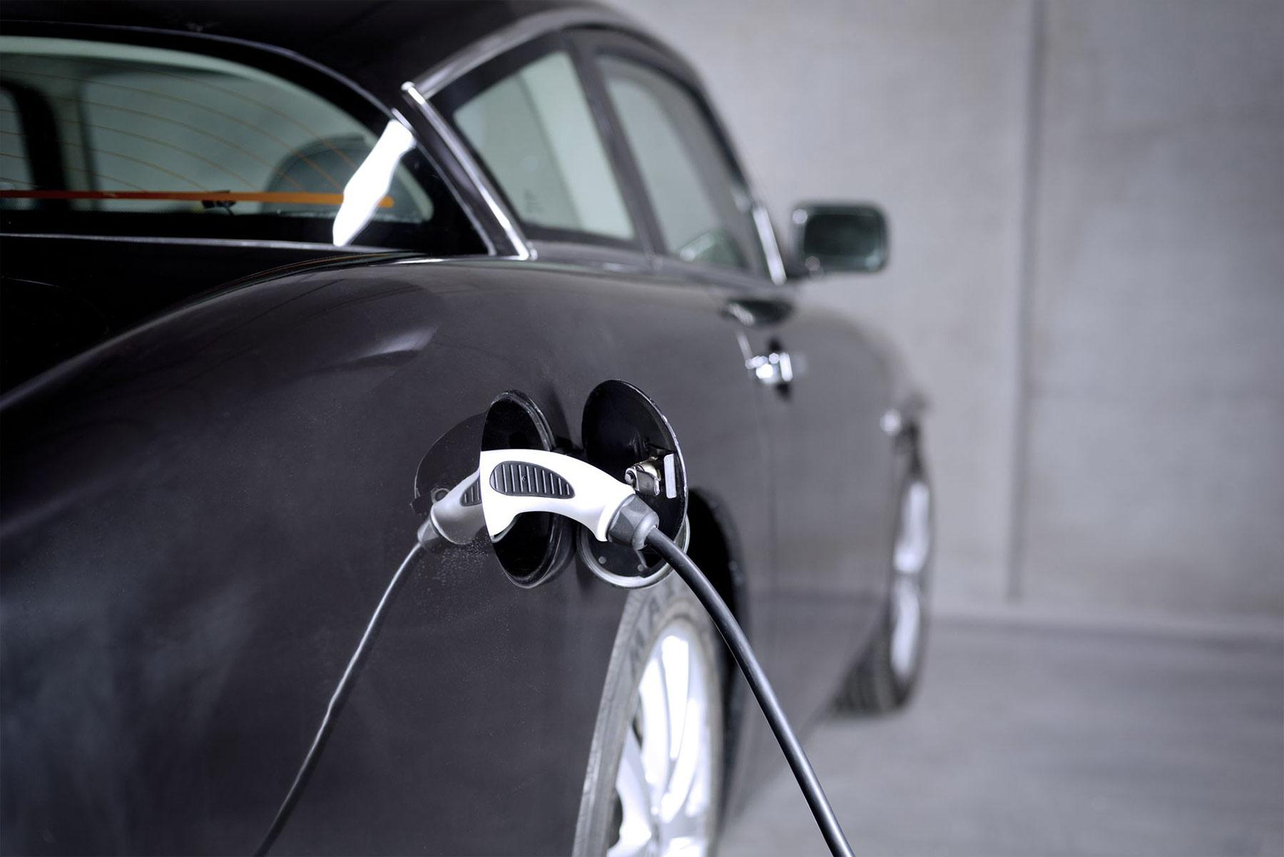 Elektrisches Retro-Coupé: LukaEV von MW Motors LukaEV-MW-Motors_05
