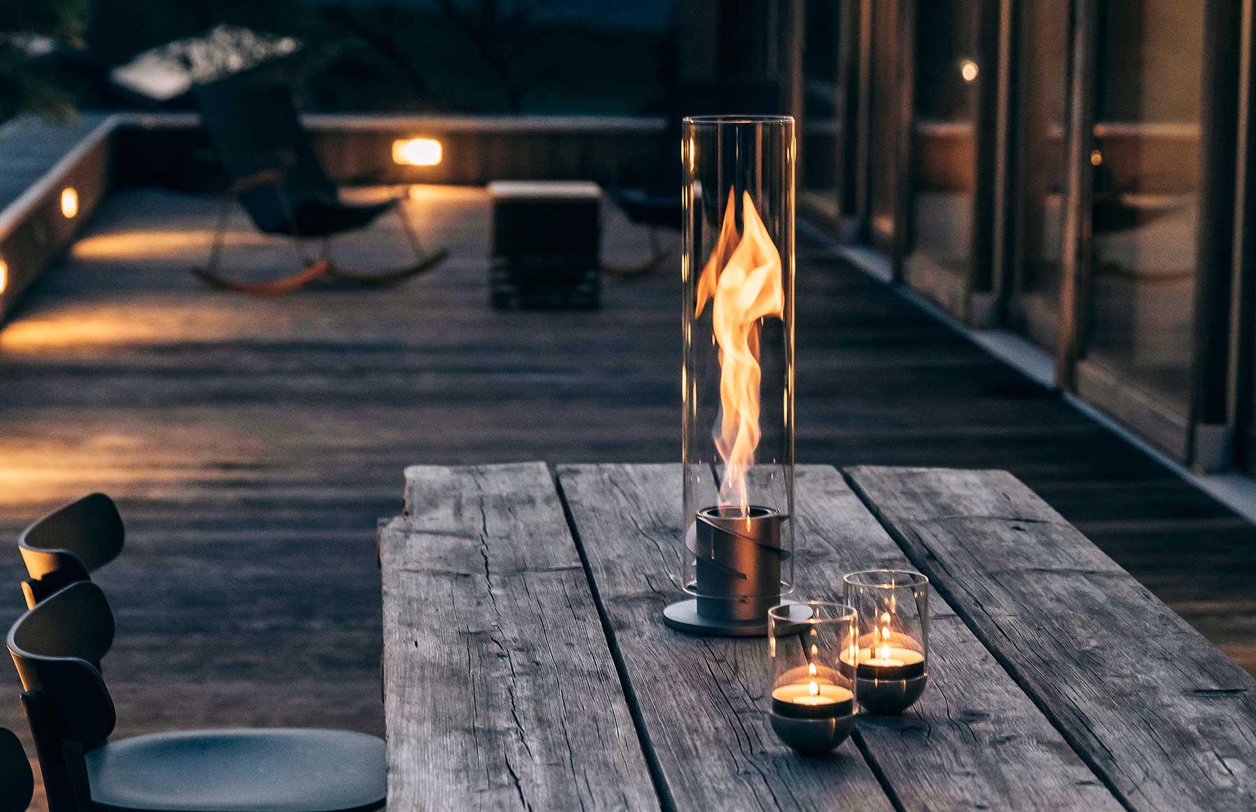 """Dekorativer Feuer-Tornado für Zuhause: """"Spin"""" von höfats hoafats-SPIN-feuertornado-flammenzylinder_01"""