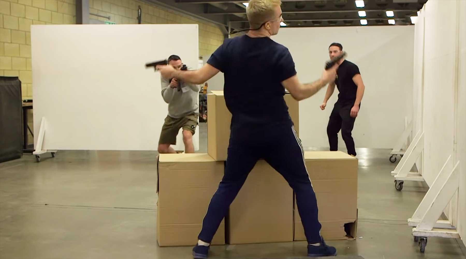 So lernen Schauspieler realistische Schießereien