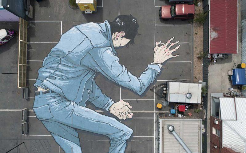 Die gigantischen Boden-Murals von Kitt Bennett