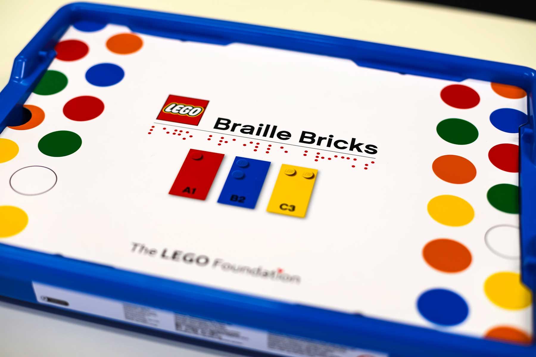 LEGO-Steine mit Blindenschrift LEGO-braille-bricks-sets-blindenschrift_02