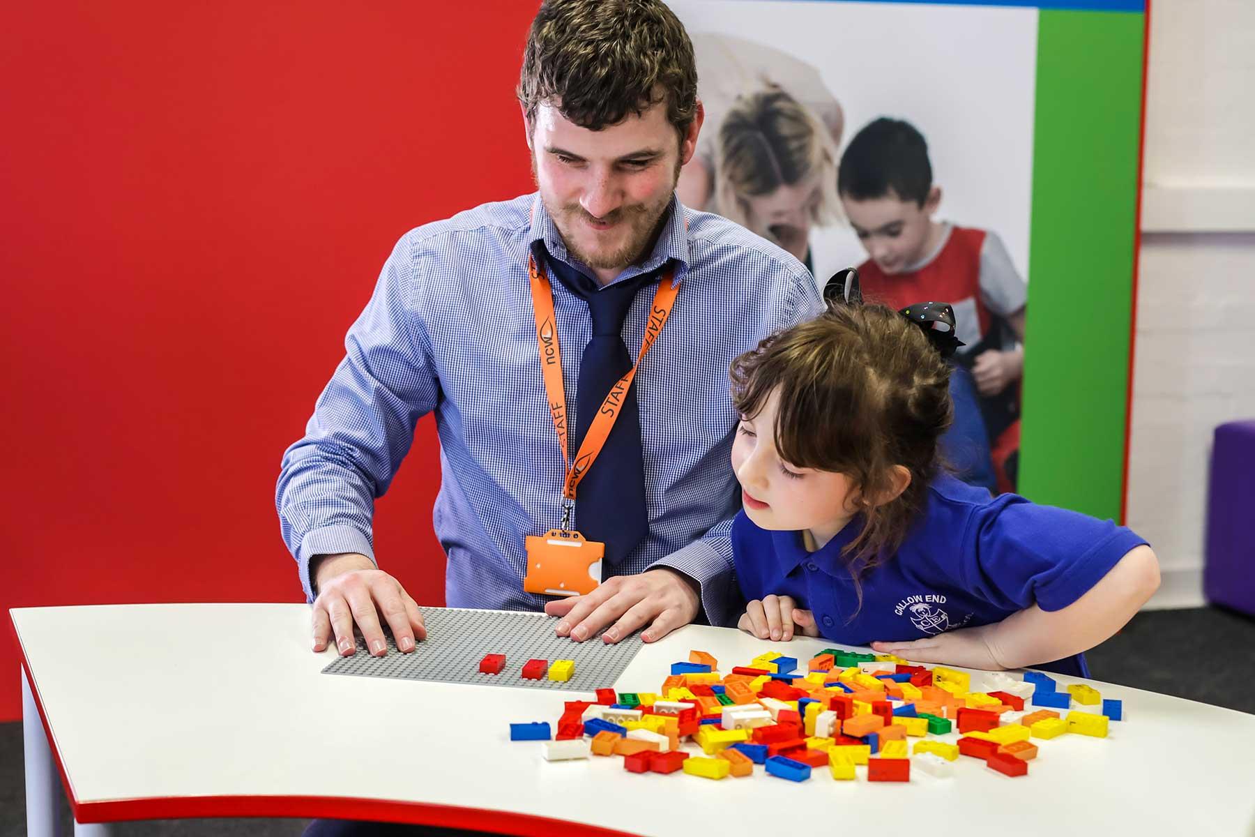 LEGO-Steine mit Blindenschrift LEGO-braille-bricks-sets-blindenschrift_03