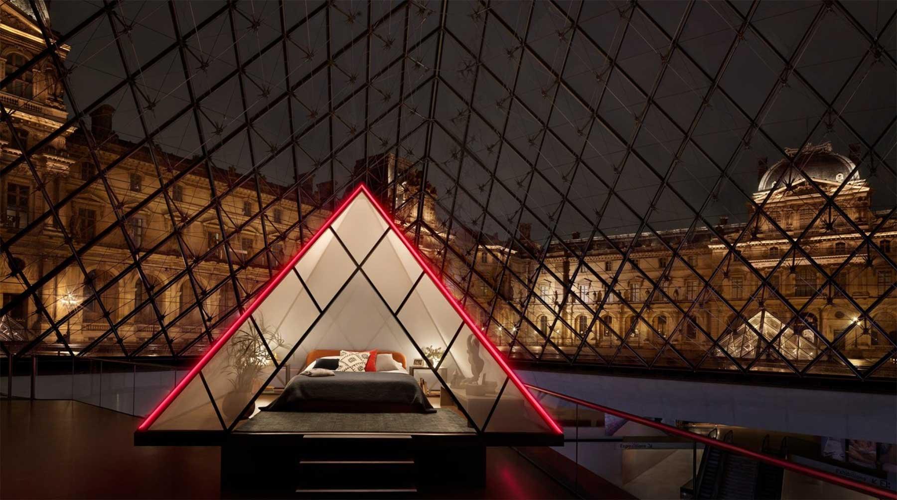 Airbnb lässt euch in der Glas-Pyramide vor dem Louvre schlafen