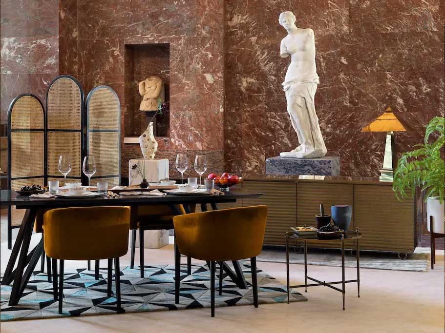 Airbnb lässt euch in der Glas-Pyramide vor dem Louvre schlafen airbnb-louvre-glaspyramide_02