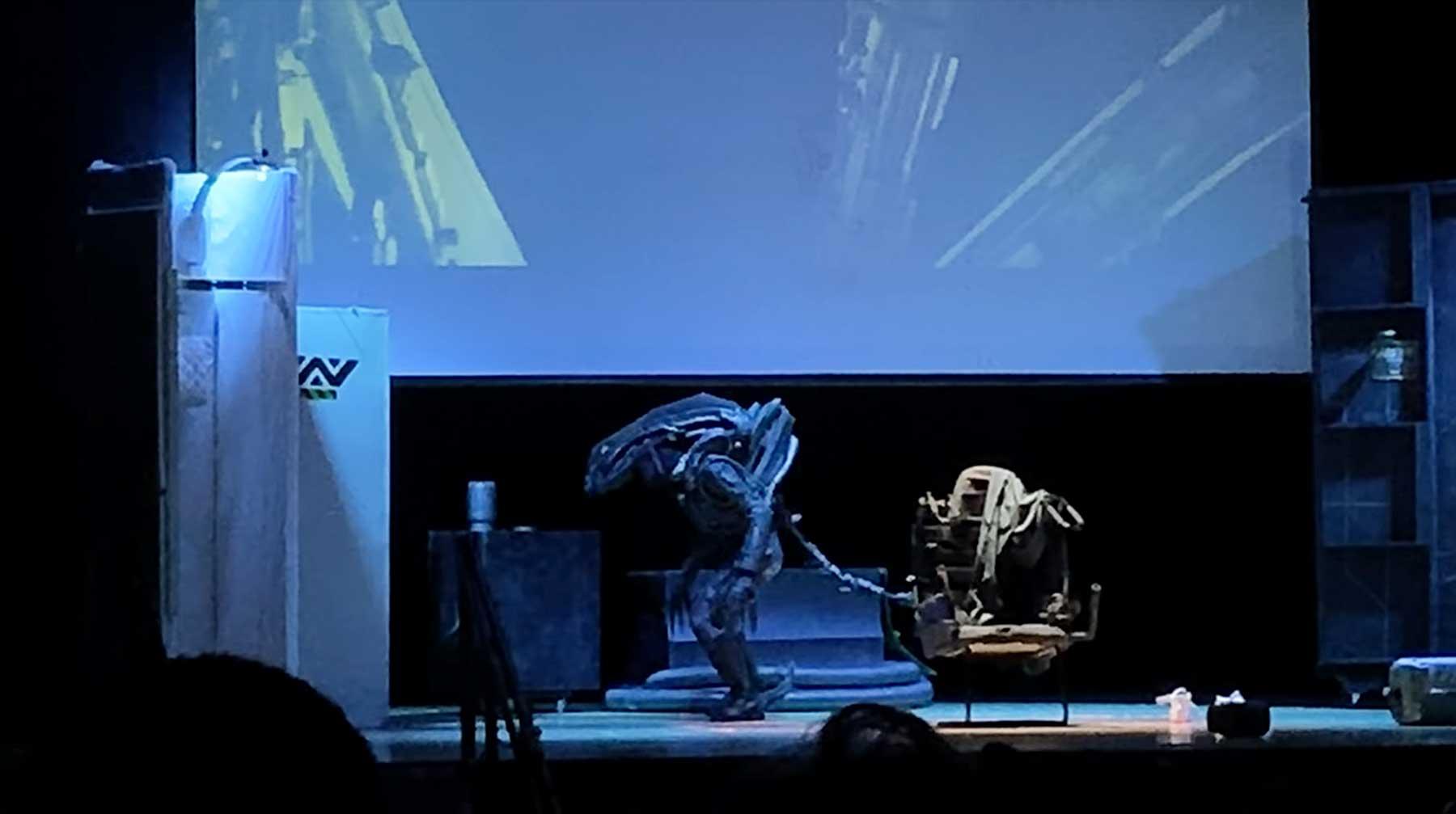 """Die """"Alien""""-Theateraufführung einer High School in voller Länge"""