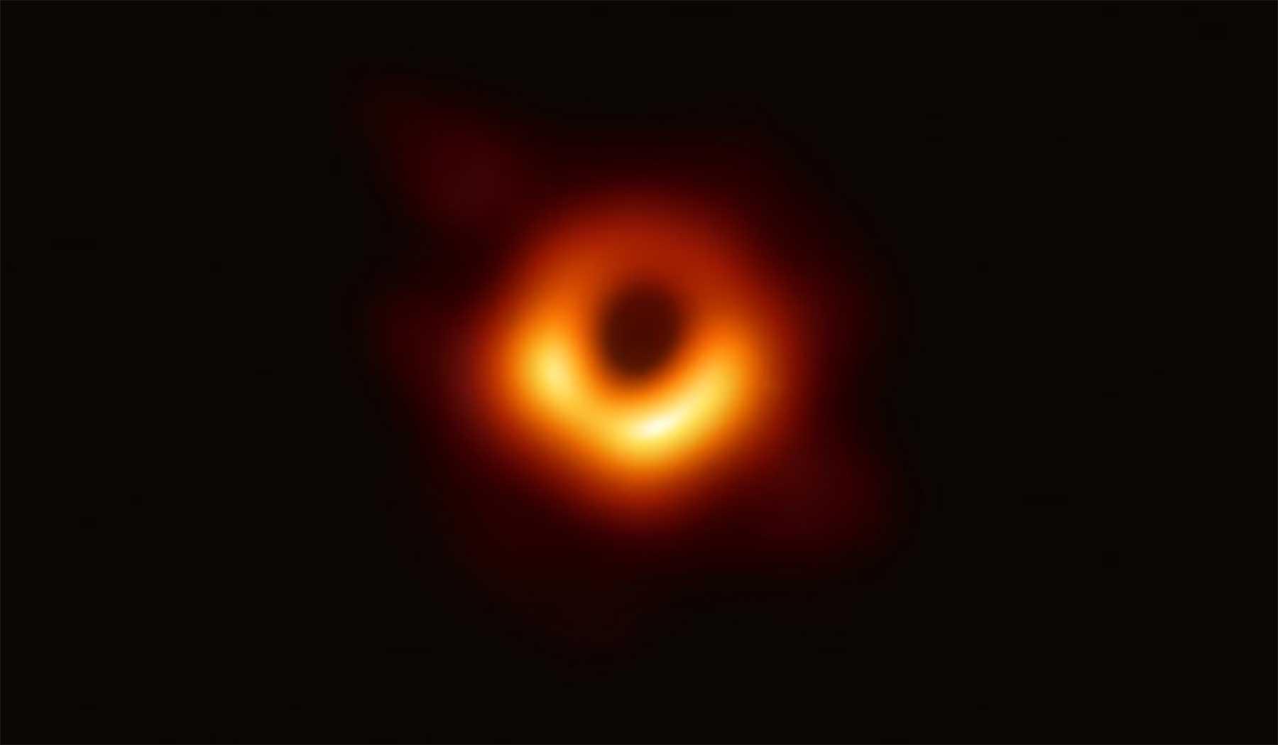 Das erste Foto eines schwarzen Loches und weshalb es so aussieht