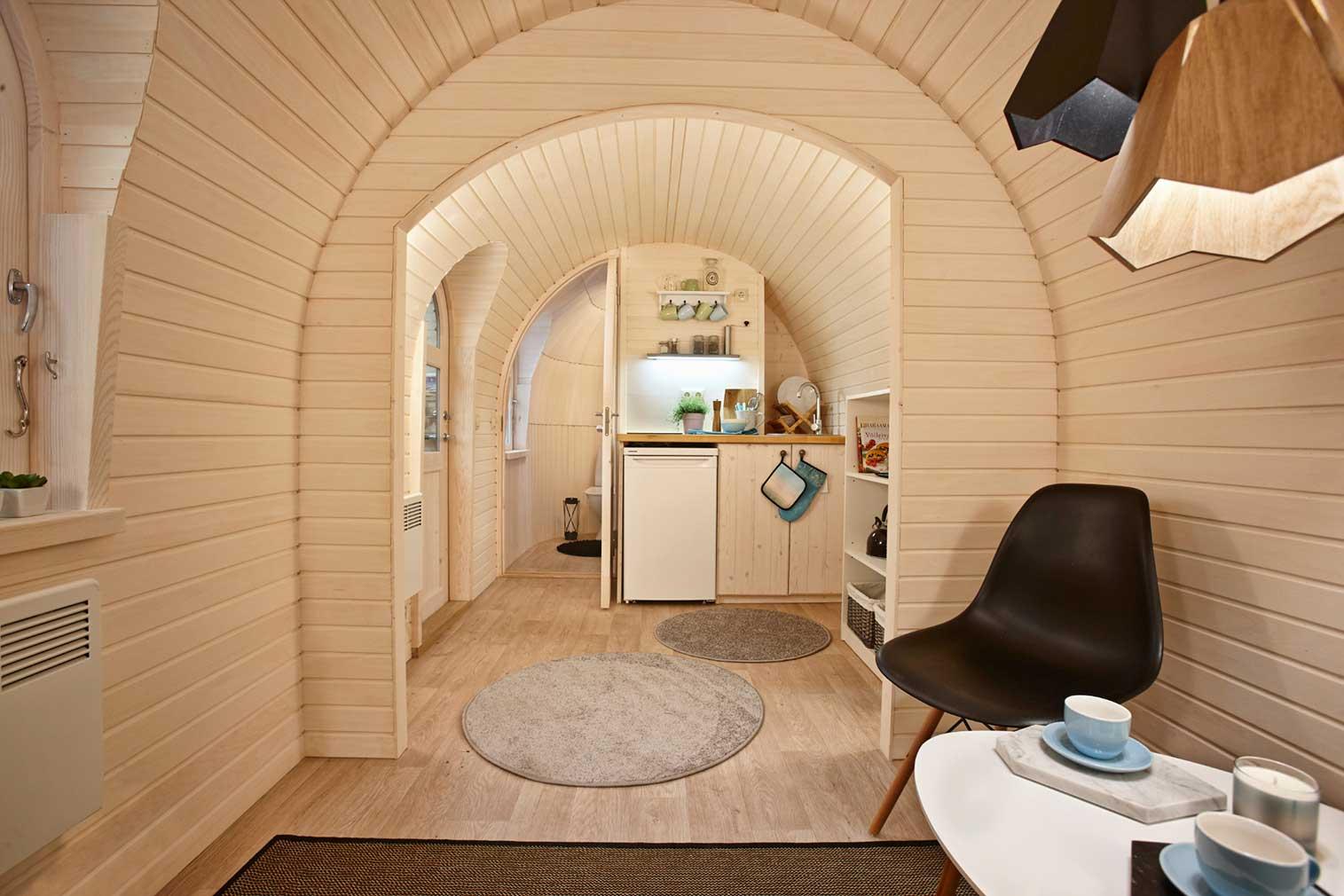 Diese Holz-Iglus sind ziemlich stylische Tiny Homes iglucraft_holz-iglu_05
