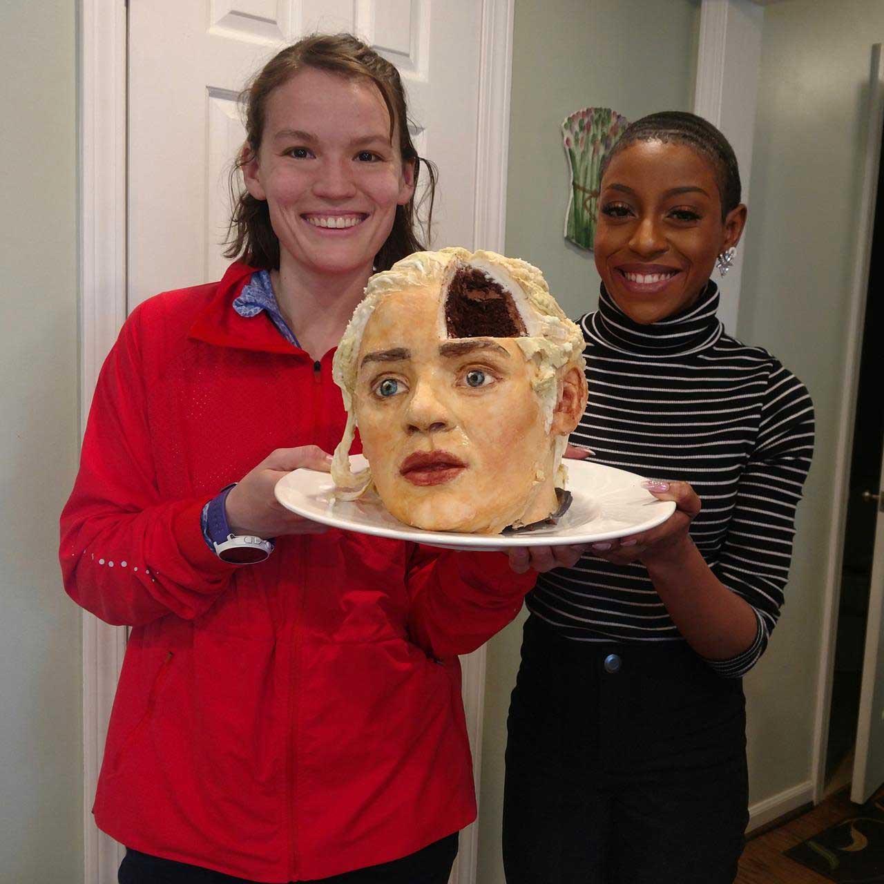 Gruselig realistisch aussehende Kuchen von Deviant Desserts katherine-day-deviant-desserts_03