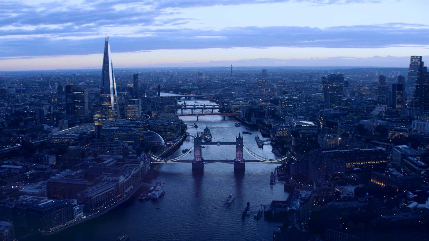 """Sehenswertes Stadtportrait: """"Londoners"""" londoners-Oliver-Astrologo"""