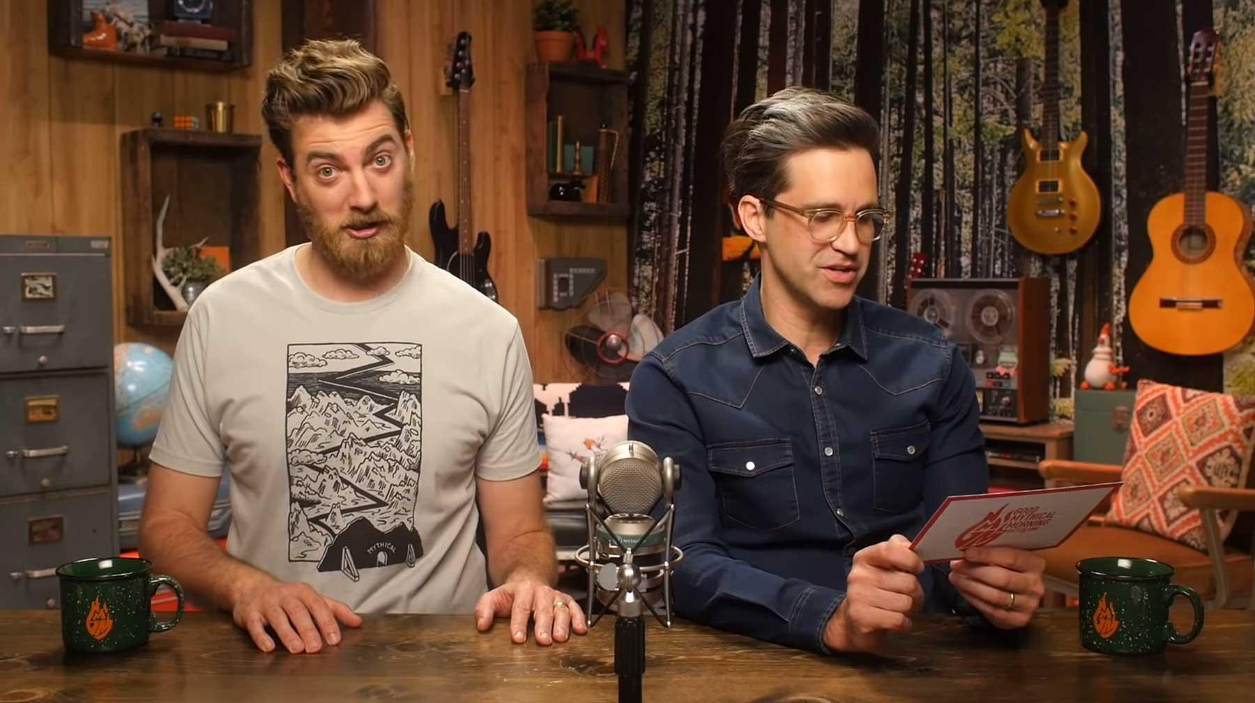 Rhett & Link erraten geheime Offenbarungen von Zimmermädchen rhet-and-link-raten-hoteldreck