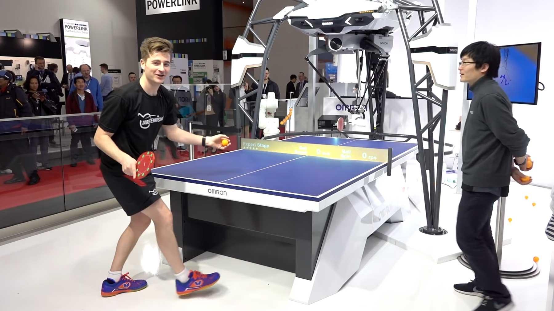 Gegen den besten Tischtennis-Roboter der Welt antreten