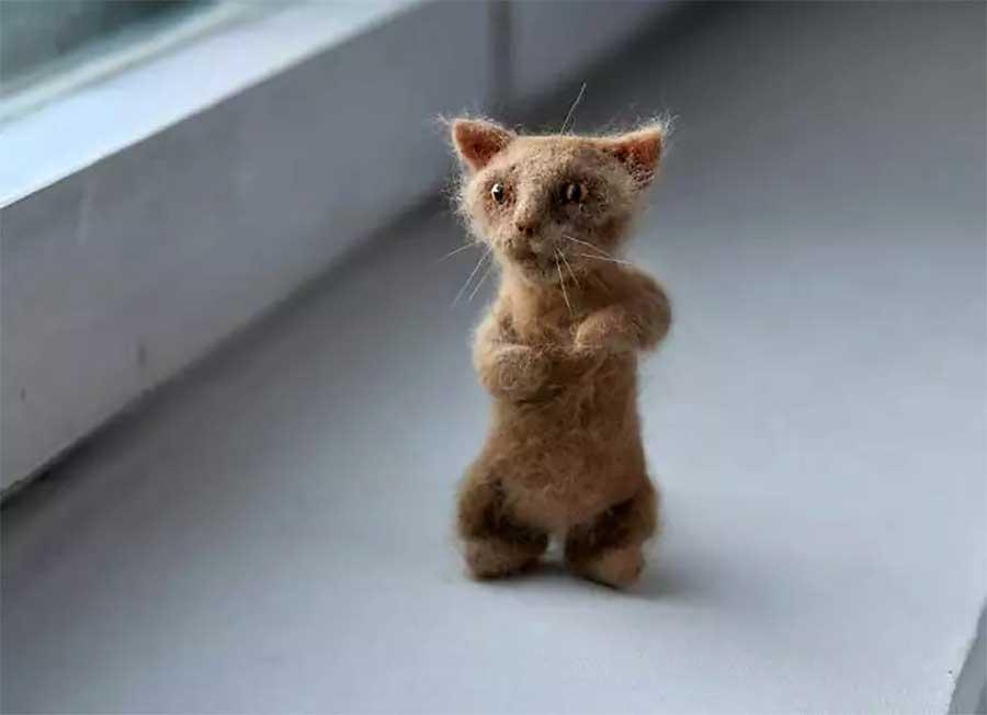 Miniaturfilzkatzen aus Katzenhaaren miniatur-katzen-aus-katzenhaaren-filzfiguren_05