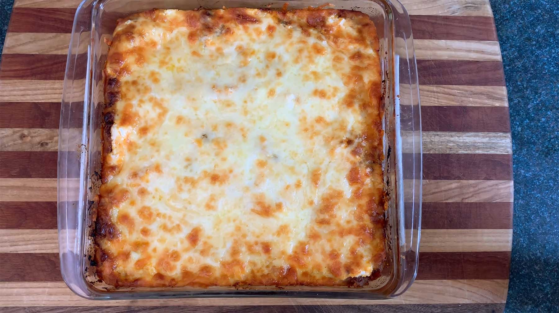 You Suck at Cooking: Easy Cheesy Beefy Lasagna you-suck-at-cooking-lasagne