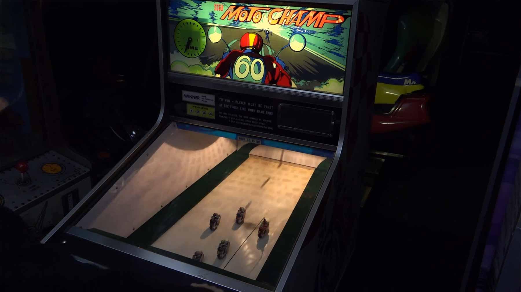 Mechanischer Spielautomat von 1973: SEGA Moto Champ SEGA-moto-champ-1973-arcade