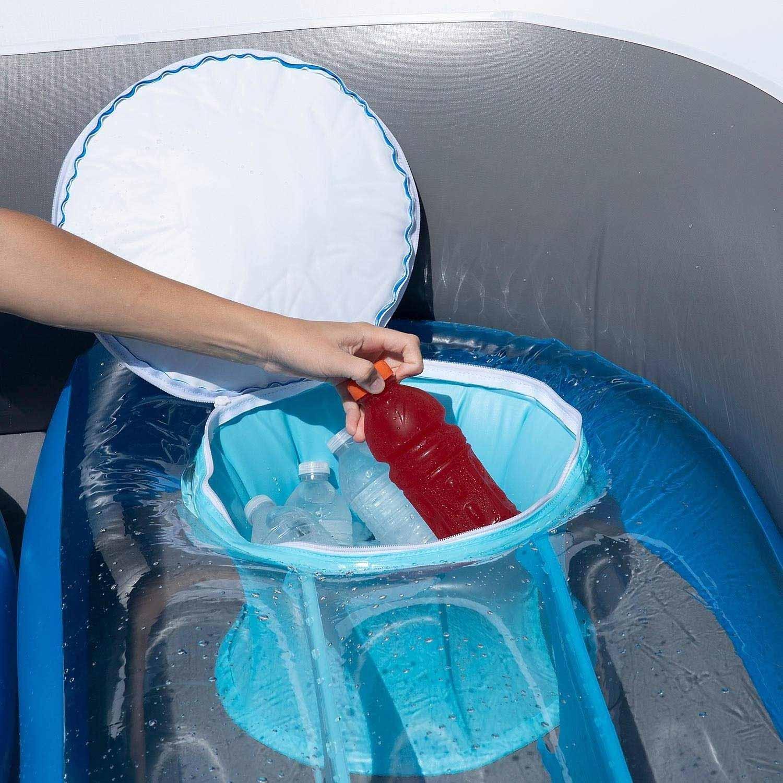 Aufblasbares Sportboot als chillige Badeinsel aufblasbares-sportboot-badeinsel_03